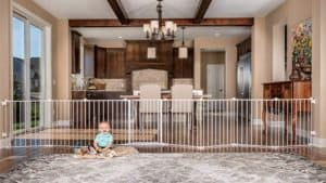 regalo 192 inch super wide adjustable baby gate and play yard